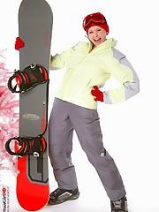 Snowboarder virtua girl hd video